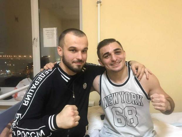 Эдгард Москвичев навестил в больнице пострадавшего после боя Ареста Саакяна