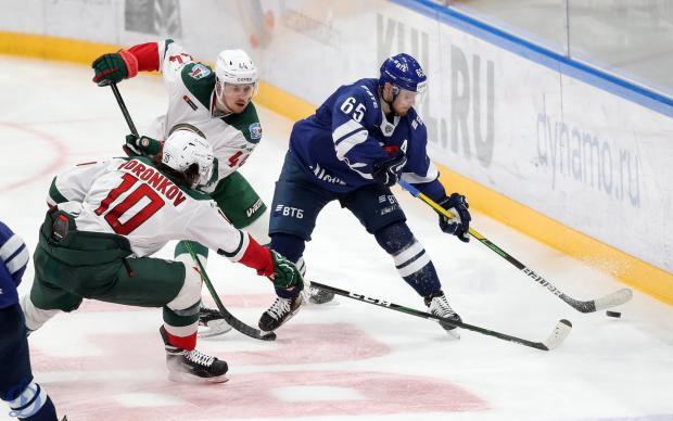 Девять шайб, две драки: «Ак Барс» разгромил московское «Динамо»