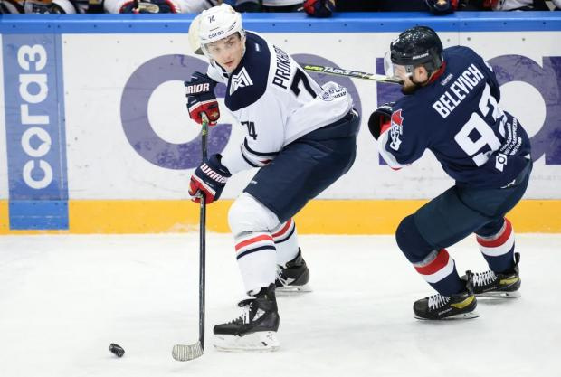 «Магнитка» вырвала победу у «Торпедо» в регулярном чемпионате КХЛ (видео)