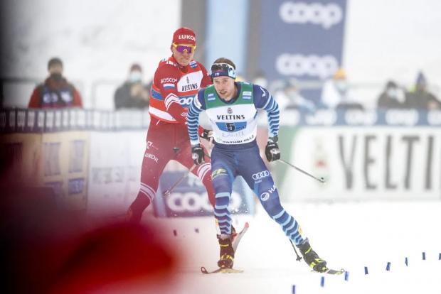 «Подлый финн» ничего не нарушал. Так кто взбесил Большунова – он или свои же лыжи? (видео)