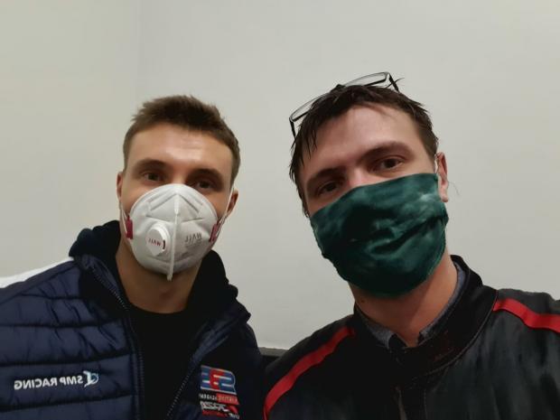 «Зачем вы пытаетесь меня сбить»? Экс-гонщик «Ф1» дал мастер-класс журналисту «Советского спорта»