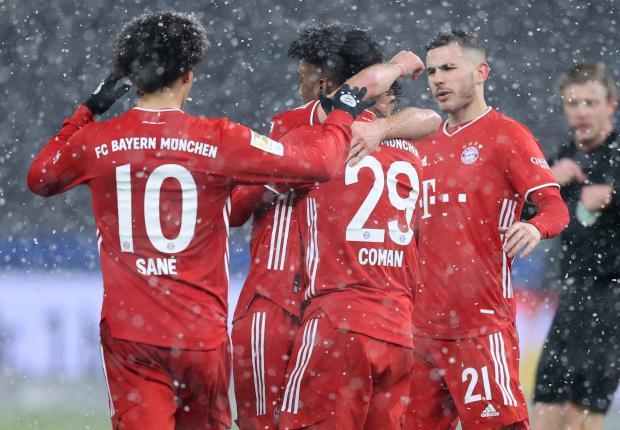 «Бавария» одержала победу над «Гертой», Левандовски не забил пенальти