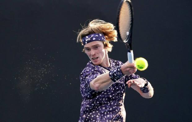 Рублев стал соперником Медведева по четвертьфиналу Australian Open