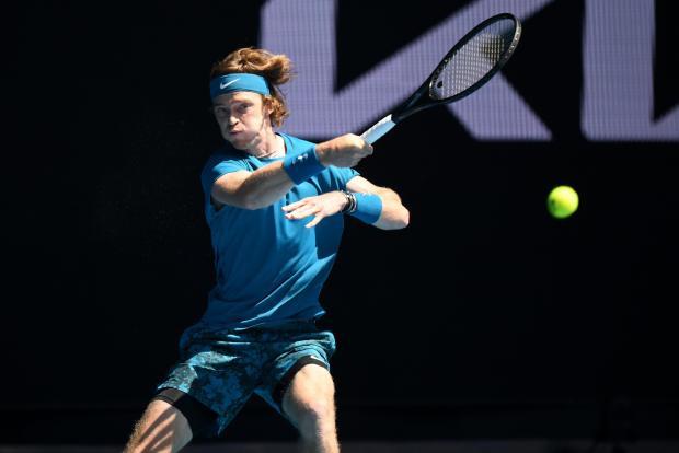 Сообразили на троих. В четвертьфинале Australian Open – трое российских игроков