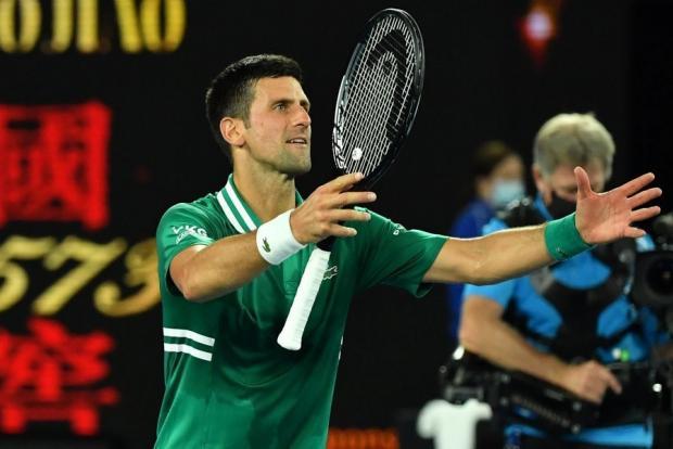 Джокович сыграет с Карацевым в полуфинале Australian Open после победы над Зверевым