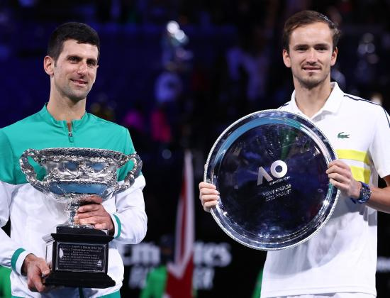 Третьего подождем. Медведев уступил Джоковичу в финале Australian Open