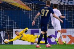«Краснодар» вылетел из ЛЕ, Россия может опуститься в рейтинге УЕФА, Большунов без медали в спринте