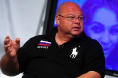 Андрей Червиченко: Не вижу фотошопа на снимке Мозеса с мячом, это очередная теория заговора