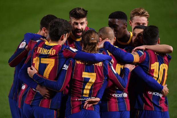 Тер Штеген и Пике вытащили «Барселону» в финал Кубка Испании (видео)