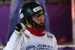 Максим Буров защитил титул чемпиона мира в лыжной акробатике, Кротов стал третьим