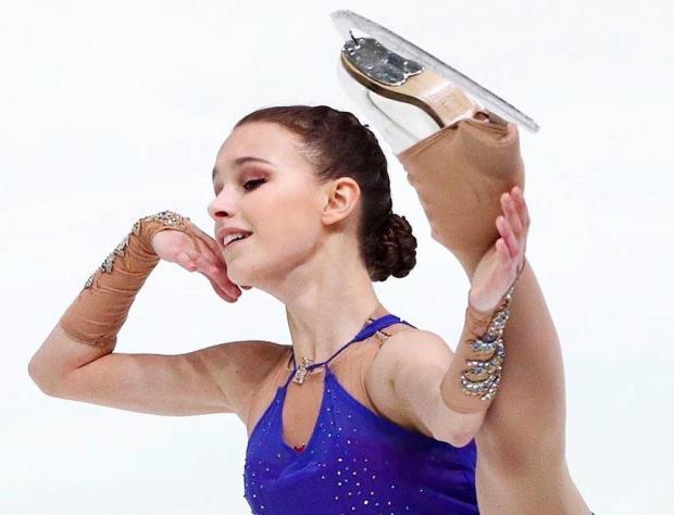 Щербакова выиграла короткую программу на ЧМ, Туктамышева - третья