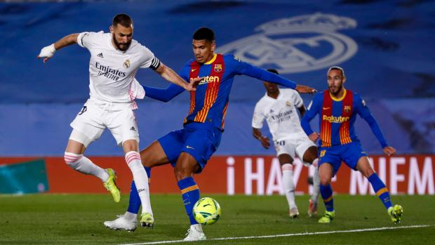 «Реал» обыграл «Барселону» и вышел на первое место в Ла Лиге