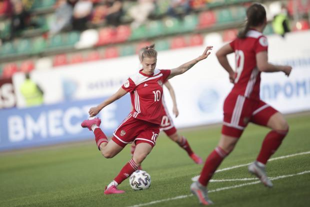 Женская сборная России вышла на чемпионат Европы, пройдя в плей-офф Португалию по сумме двух матчей