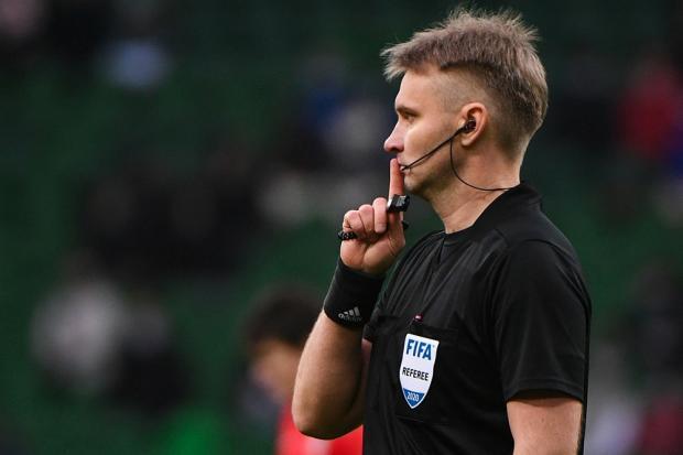 УЕФА отстранил Лапочкина от судейства за работу в Лиге Европы в 2018 году