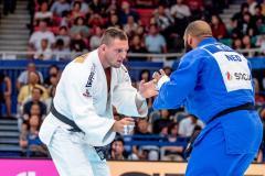 «Ради Олимпиады спортсмены жертвуют всем, даже свободой». Интервью с Кириллом Денисовым