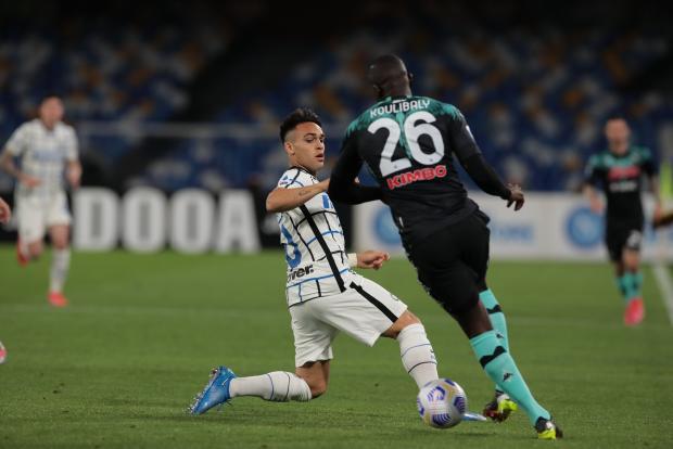 «Наполи» сыграл вничью с лидером чемпионата Италии «Интером»