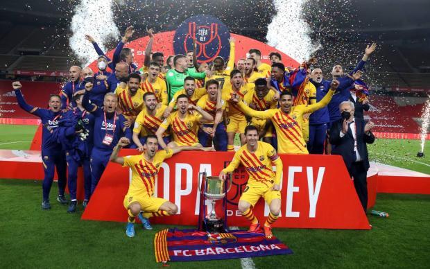 «Барселона» взяла первый трофей при Кумане и другие итоги европейского уик-энда