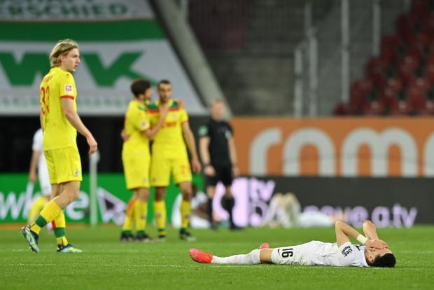 «Аугсбург» отыграл два мяча у «Кельна», но все равно уступил