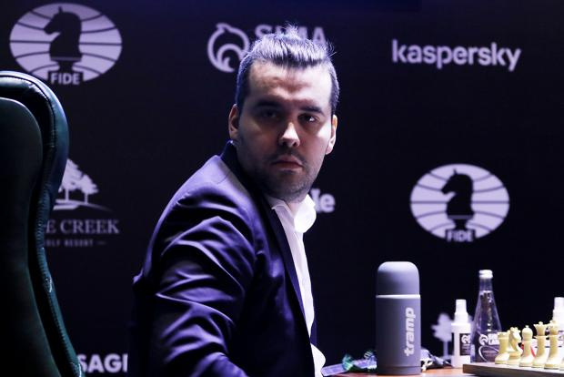 Владимир Федосеев: Непомнящий сознательно засушил партию с Каруаной и идет к победе в турнире