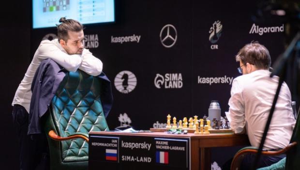 «В матче Карлсен - Непомнящий будет жесткая борьба, а на тай-брейке шансы Яна не хуже»