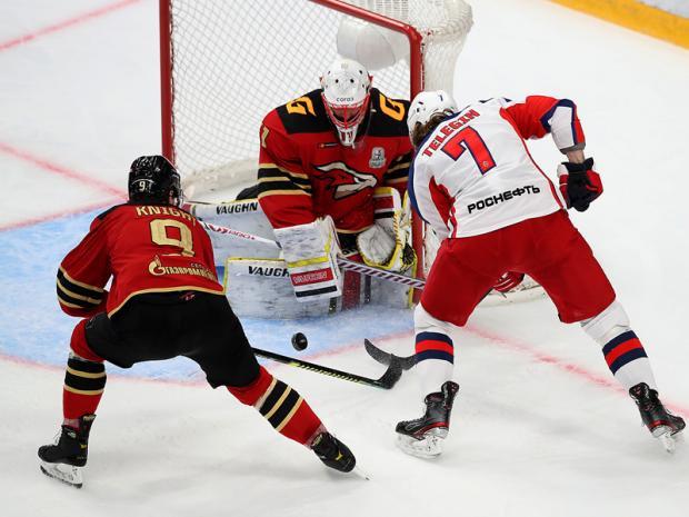146 раз постучался ЦСКА напоследок в ворота крепости Хартли. Но в ответ получил лишь три щелбана