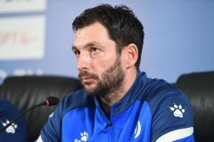 Сандро Шварц: Уверен, «Локомотив» безболезненно заменит Крыховяка, который не сыграет с «Динамо»