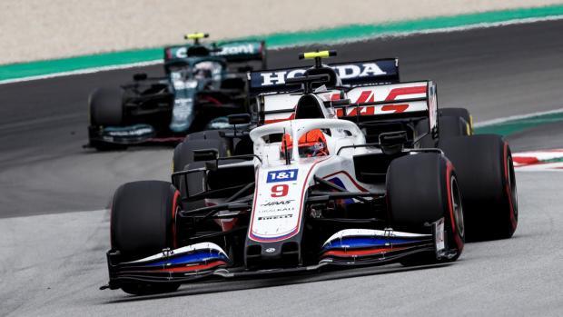 Мазепин - вошел в топ-5 лучших гонщиков «Гран-при Испании». Болельщики шутят