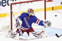 Сборная России осталась без вратарей из НХЛ. На кого теперь сделают ставку в Риге?