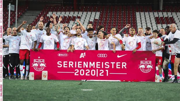 «Зальцбург» обыграл «Рапид» и восьмой раз подряд выиграл австрийскую бундеслигу