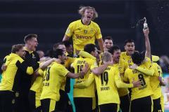 Холанд, Ройс и Санчо зажарили «быка»! «Боруссия» Д выиграла у «Лейпцига» Кубок Германии (видео)