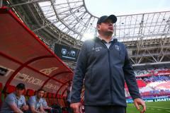 Леонид Слуцкий: Игра должна была сложиться легко, но пришлось ее спасать в компенсированное время