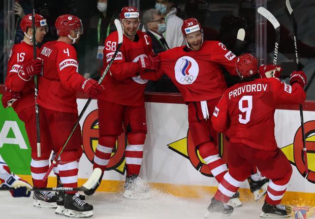 Григоренко снял паутину и Грубеца. Сборная России вырвала победу у Чехии за 19 секунд до сирены