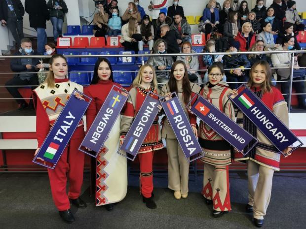В Дудинке открылся международный турнир по керлингу «Arctic Cup 2021»