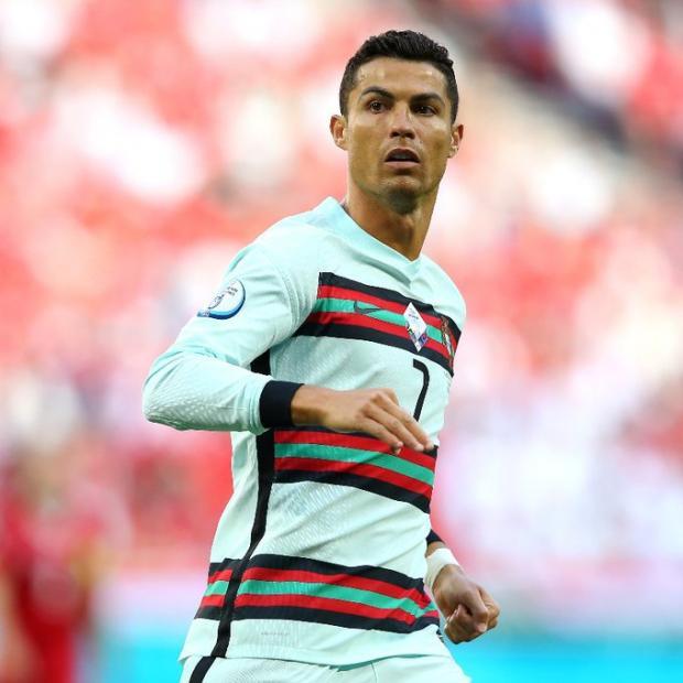 Роналду признан лучшим игроком матча Венгрия - Португалия