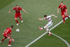 Португалия мучилась, Венгрия старалась, а Роналду оформлял рекорды