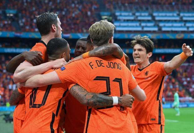 Сборная Нидерландов обыграла Австрию и вышла в плей-офф Евро-2020 с первого места
