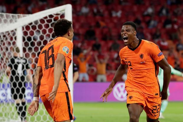 Дюмфрис – главное открытие Евро-2020! Защитник Нидерландов сделал два гола в ворота Австрии