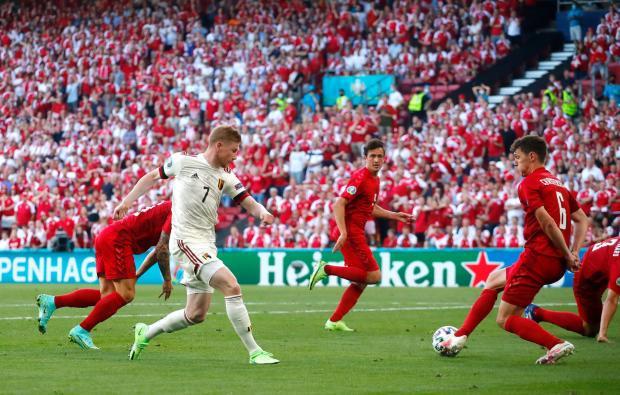 Сборная Бельгии одержала волевую победу над Данией и вышла в плей-офф