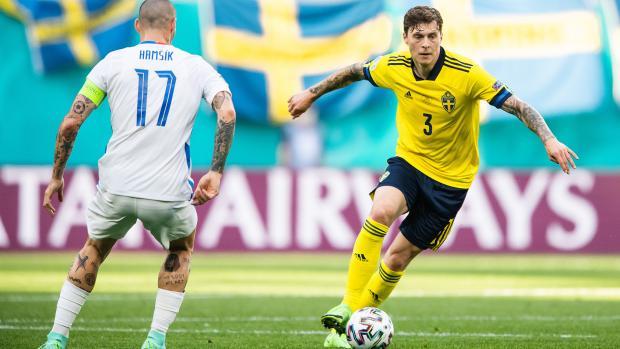 Сборная Швеция нанесла поражение команде Словакии в Санкт-Петербурге