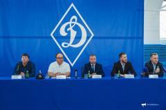 «Динамо» возвращает большой футбол в Приморье