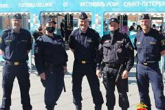Шведская полиция патрулирует улицы Петербурга, а фан-зону на Конюшенной закроют