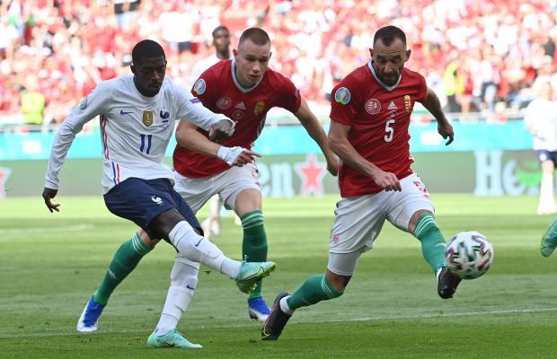 Франция сыграла вничью с Венгрией в матче Евро-2020, уступая в счете