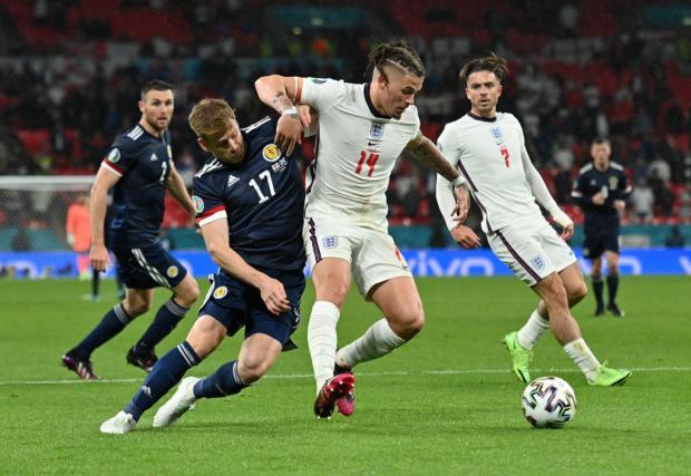 Англия не справилась с Шотландией, Месси помог Аргентине обыграть Уругвай, в Москве закрыли фан-зону