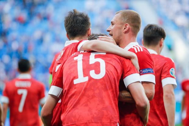 Валерий Гладилин: Наша сборная сыграет с датчанами 0:0