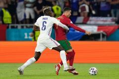 Три пенальти и рекорды Роналду! Франция и Португалия разошлись ничьей и вышли в плей-офф