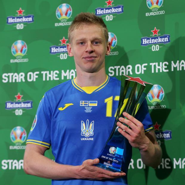 Зинченко признан лучшим игроком матча Швеция - Украина на Евро-2020