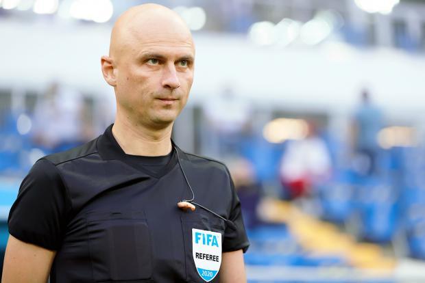 Карасев будет резервным арбитром на матче Чехия - Дания