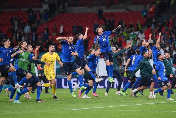 Италия сыграет в десятом финале, Аргентина разыграет Кубок Америки с Бразилией, Россия зовет немцев