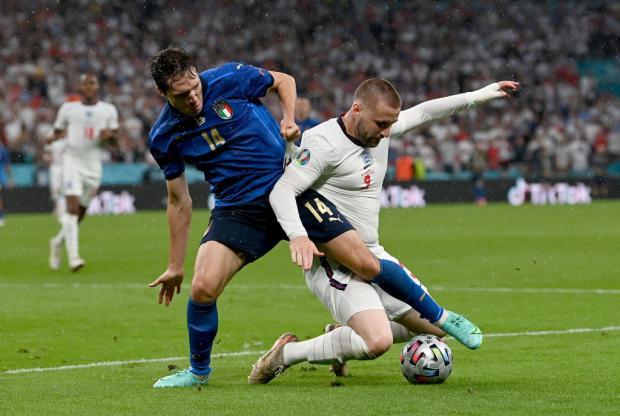 Финал Евро-2020. Англия выигрывает у Италии после первого тайма благодаря голу Шоу