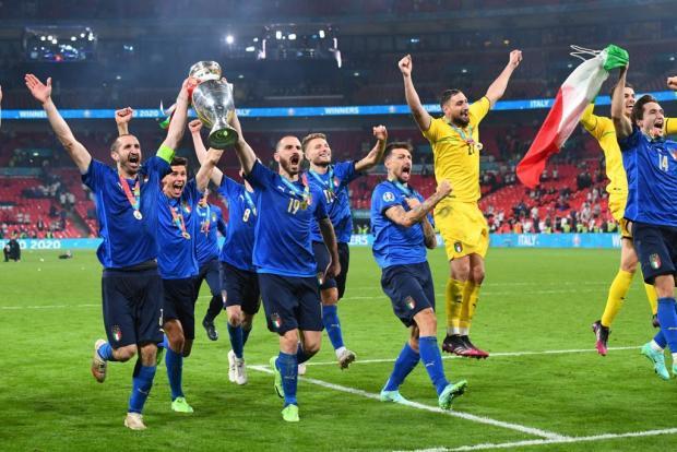 ТВ-рейтинги: финал Евро Италия - Англия смотрели лучше, чем сборную России